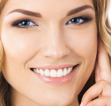 Apie dantų implantus