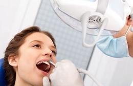 Odontologijos klinikos ir odontologai